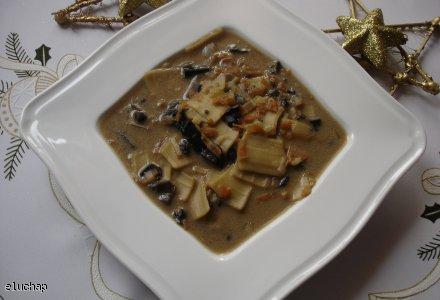 Wigilijna zupa grzybowa