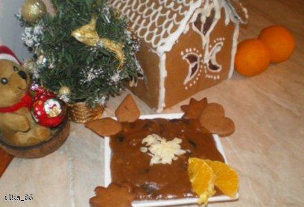 Moczka czyli śląska zupa piernikowa z bakaliami