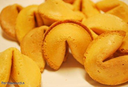 Magiczne chińskie ciasteczka z wróżbą
