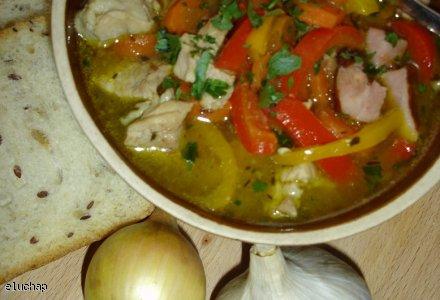 Zupa z czerwonym winem