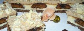 Sernik z pierniczkami