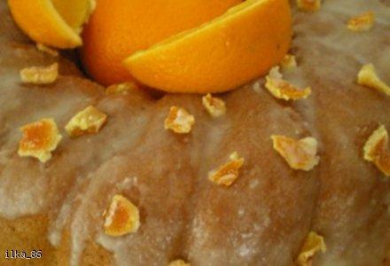 Pomarańczowa babka piaskowa
