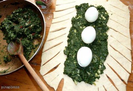 Strudel ze szpinakiem i jajkiem