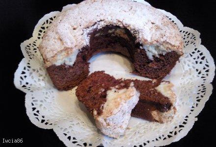 Czekoladowa babeczka pod kokosem