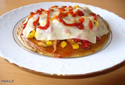 Pizza - dietetyczna, bez pieczenia i mąki