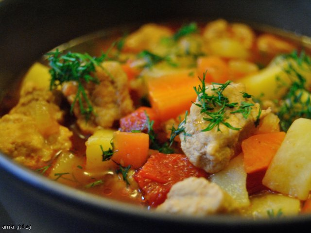 Ognista zupa gulaszowa
