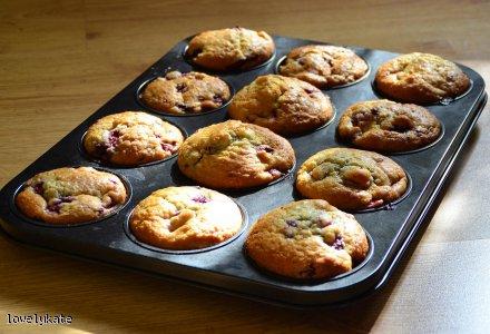 Muffiny malinowe z kokosową nutą