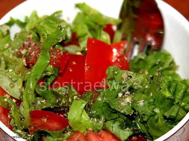 Pesto bazyliowe light + sałatka