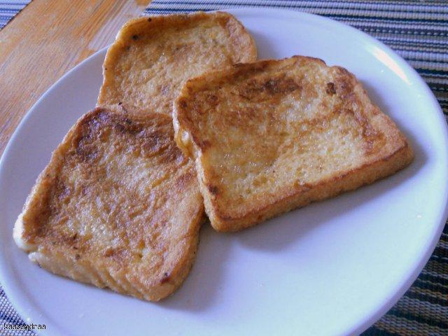 Chleb z jajkiem