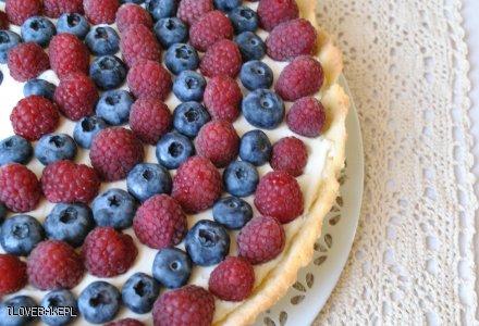 Tarta z owocami i mascarpone - przepis