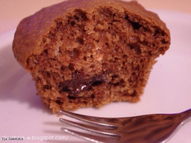 Muffinki cynamonowe z czekoladą
