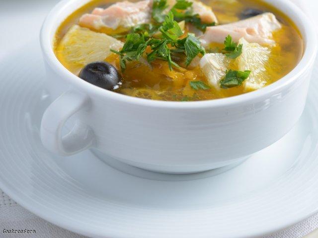 Coraz bliżej święta! – czyli zupa rybna z makaronem