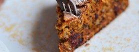 Cynamonowe ciasto marchewkowe