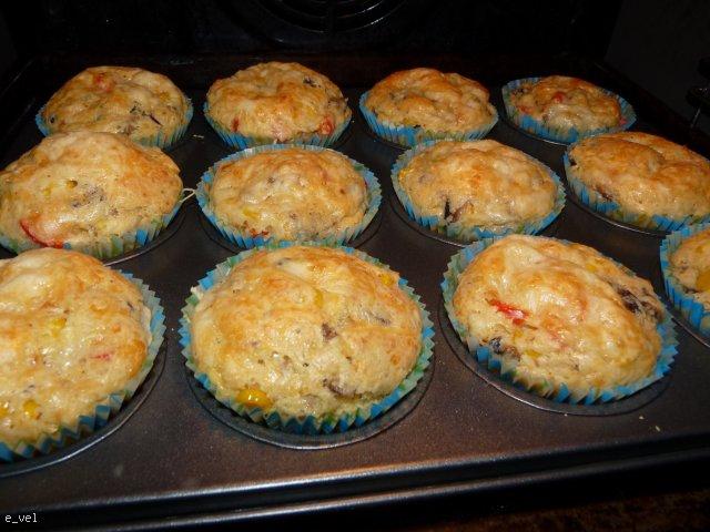 Muffiny serowe do piwa lub barszczyku