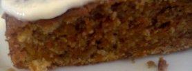Ciacho marchewkowe z polewą waniliową