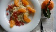 Ryż waniliowy z mandarynkami i owocem granatu