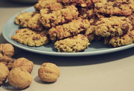 Zdrowe ciasteczka z amarantusem, orzechami i czekoladą
