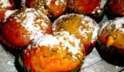 Muffiny z bananami, białą czekoladą i orzechami