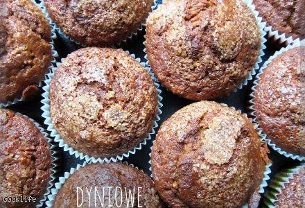 Puszyste dyniowo - orzechowe muffiny