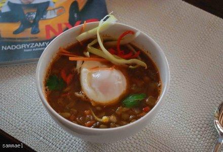 Orientalna zupa z soczewicy