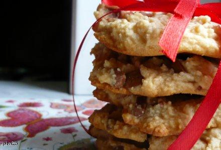 Ciasteczka miodowe z masłem orzechowym