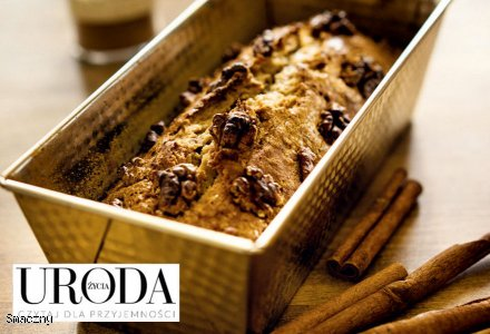 Uroda Życia poleca: ciasto bananowe  z cynamonem i włoskimi orzechami