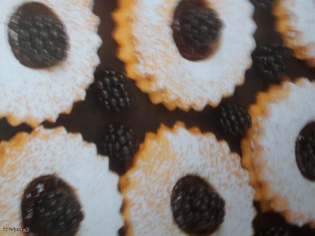 ciastka z jeżynami