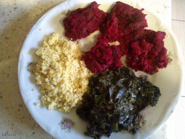 Wegańskie kotleciki z buraków, brązowego ryżu i żółtej soczewicy