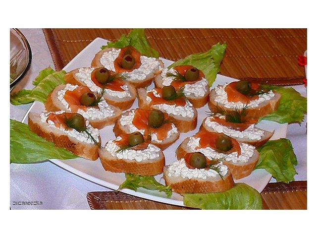 Łososiowo twarożkowe kanapeczki imprezowe