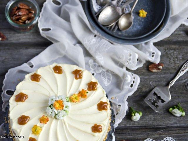 Szybki tort orzechowy - idealny na jesień