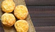 Żytnie bułeczki z serem żółtym