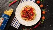 Spaghetti z chorizo w pomidorach