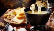 Fondue z różnych gatunków sera