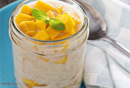 Deser ryżowy z mango