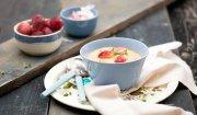 Zupa-krem z pieczonej pietruszki z migdałami