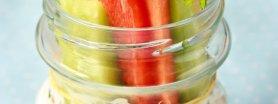 Paluszki warzywne z dipem oliwkowym