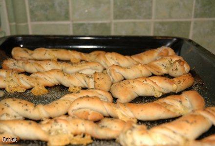 Frykasy- paluszki serowo- czosnkowe