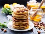 Kalifornijskie pancakes z migdałami