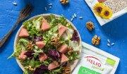 Letnia arbuzowa sałatka z bakaliami