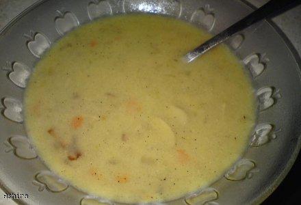 Kremowa zupa pieczarkowa
