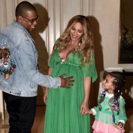 Ciężarna Beyonce z rodziną