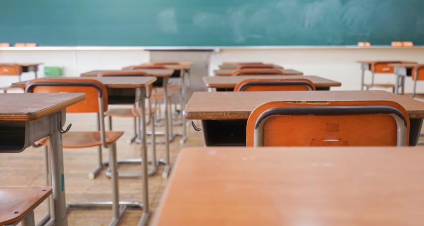 dzieci wrócą do szkół we wrześniu