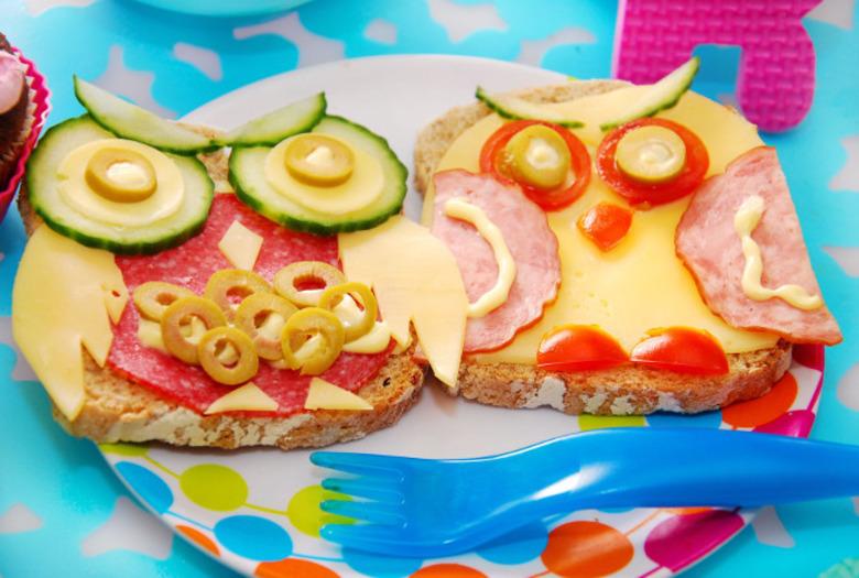 kanapki sowy śniadanie dla dziecka