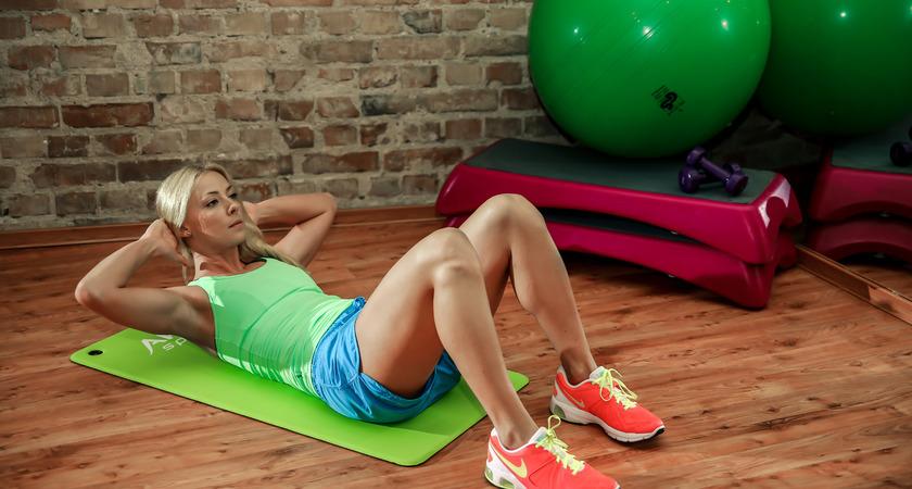 trening 5 minut na brzuch