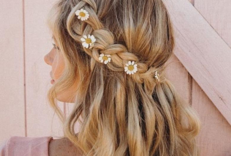 Daisy hair - dziewczęca fryzura na wakacje [ZDJĘCIA]