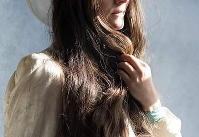 Frankie Cluney nie myła włosów od dwudziestu lat