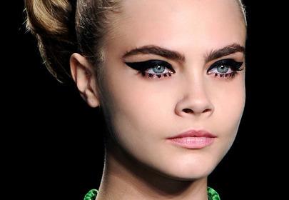Fryzury i makijaże modelek