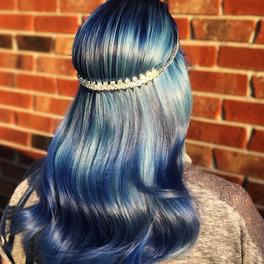 włosy w kolorze ocean hair