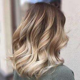 Kosmetyczna Hedonistka o makijażu włosów
