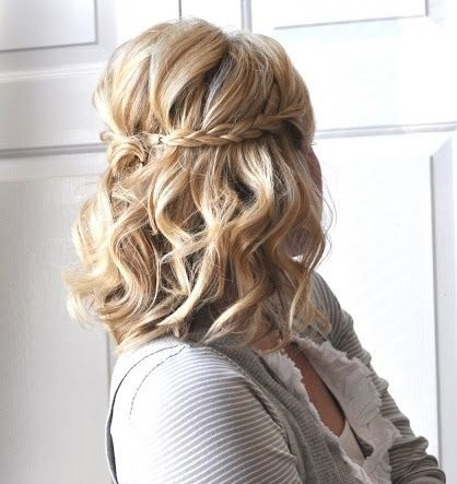 Modna Fryzura Ze Związanych Włosów Wizazpl